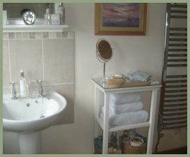 Upstairs bathroom next to double bedroom at Meadow Barn